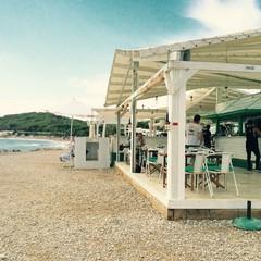 Hola Sitges beach club Platja del Cap de Grills a Sitges