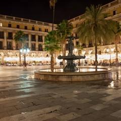 Piazza Reial nel quartiere Gotico di Barcellona